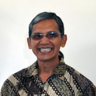 Dr. Dhani Herdiwijaya